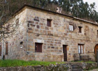 Casa de los Bustillo Socobio portada