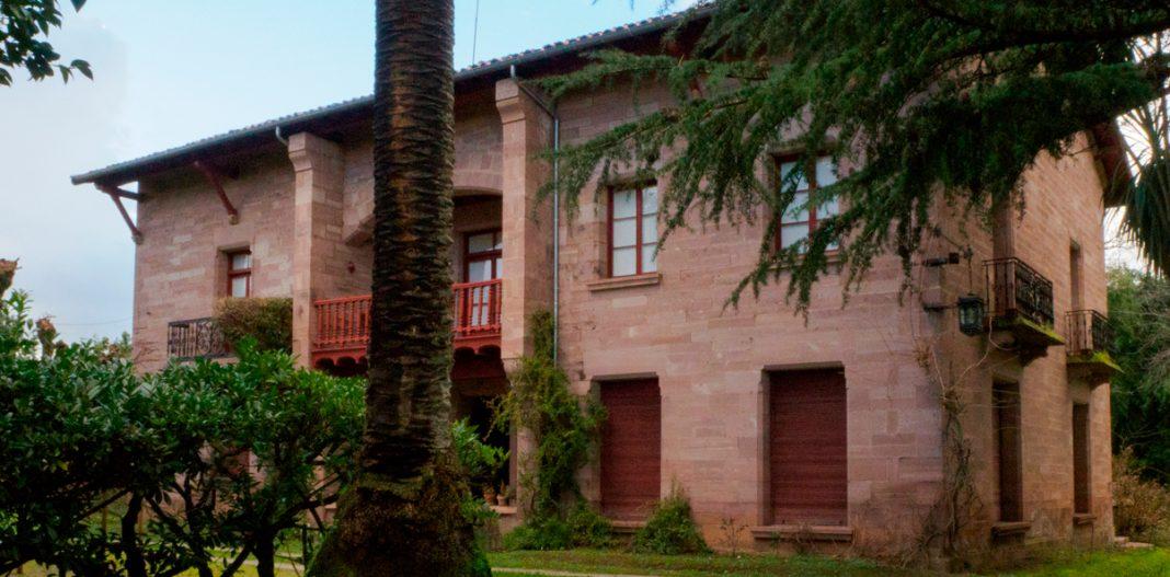 Palacio de Varona Castañeda portada
